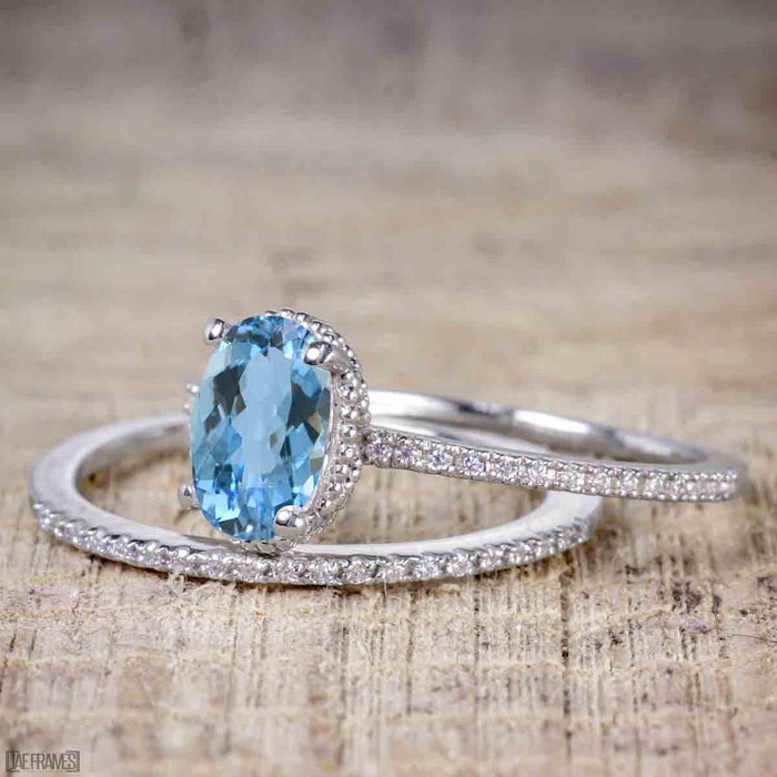 Perfect 1.50 Carat Oval Cut Aquamarine and Diamond Bridal Ring Set in White Gold