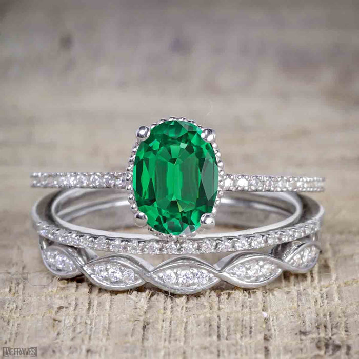 1.50 Carat Oval cut Emerald and Diamond Solitaire Trio Wedding Bridal Ring Set in White Gold