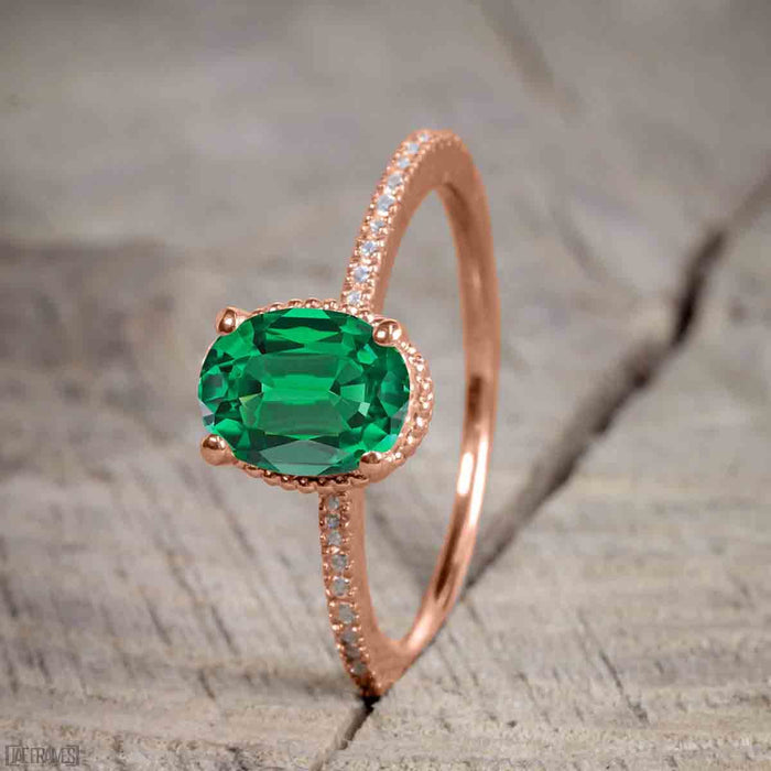 Unique 1.50 Carat Oval cut Emerald and Diamond Trio Wedding Ring Set in Rose Gold for Her