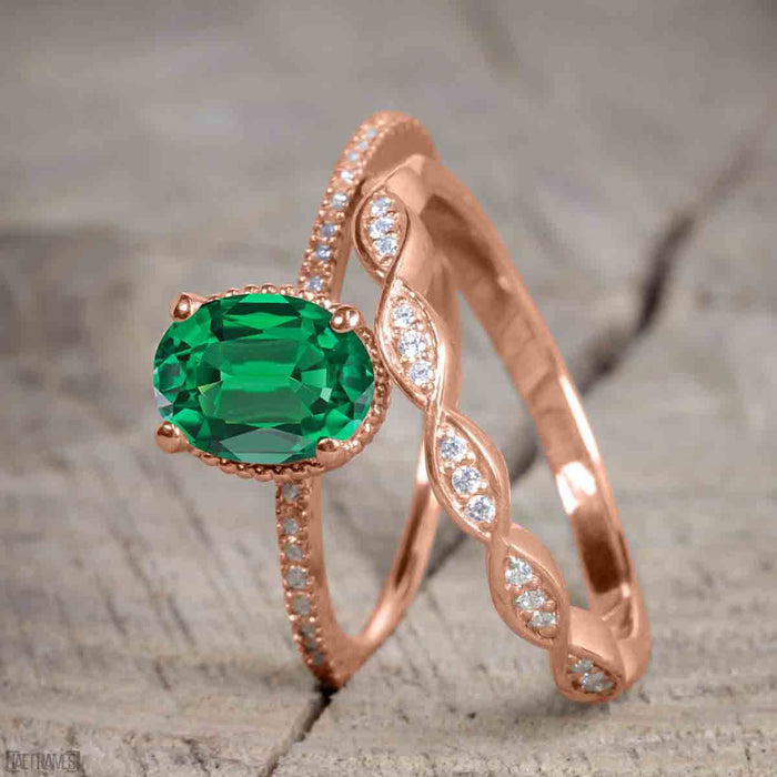 1.50 Carat Oval cut Emerald and Diamond Trio Wedding Ring Set for Women in Rose Gold