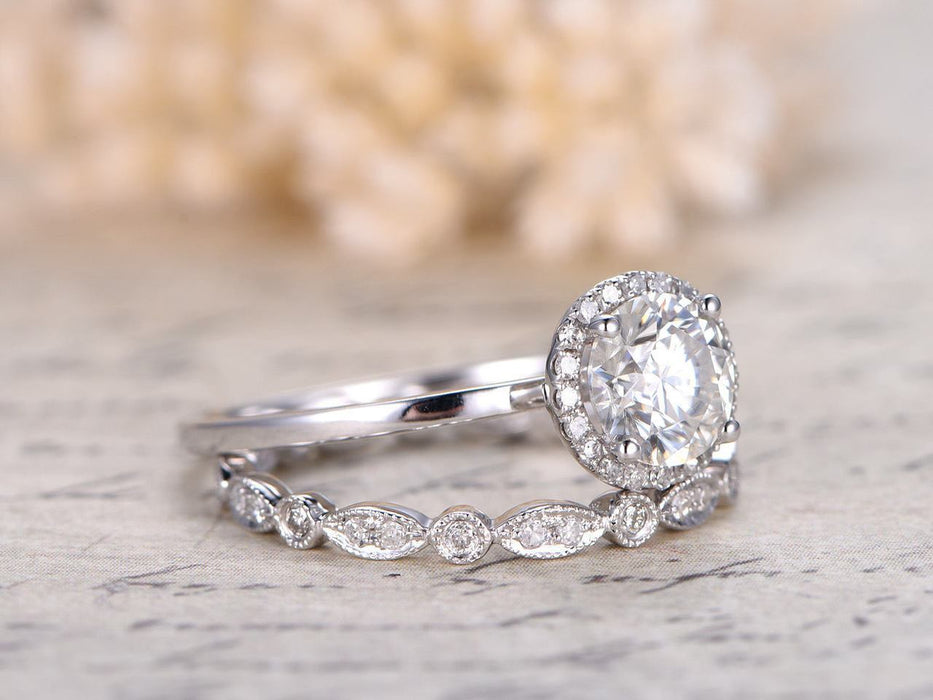 1.50 Carat Round Cut Moissanite and Diamond Wedding Ring Set in White Gold