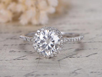 Antique 1.50 Carat Round Cut Moissanite and Diamond Wedding Ring in White Gold