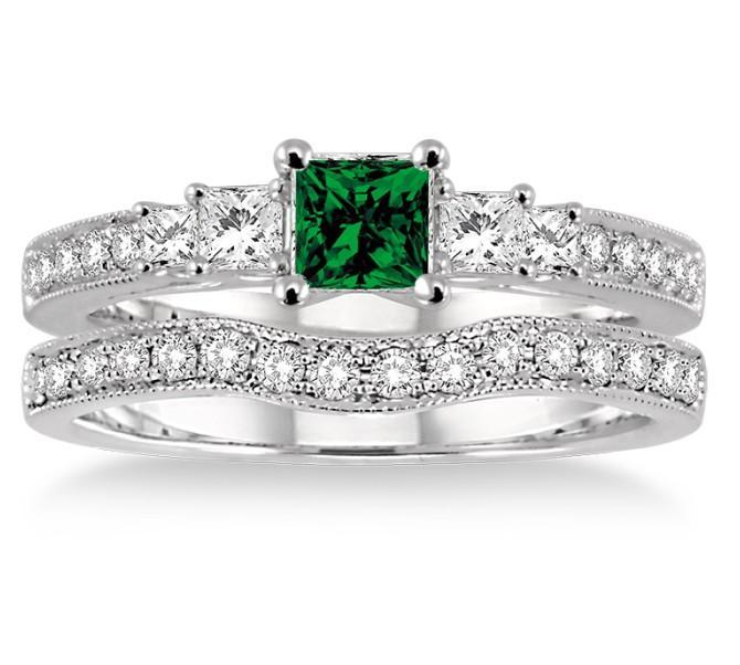 1.5 Carat Emerald & Diamond Antique Bridal set Halo Ring on White Gold