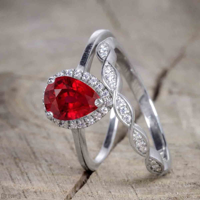 Unique antique 2.50 Carat Pear cut Ruby and Diamond Trio Wedding Ring Set for Women in White Gold