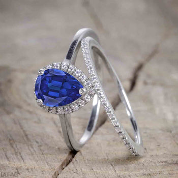 Unique Antique 1.50 Carat Pear Cut Sapphire and Diamond Wedding Ring Set for Women in White Gold