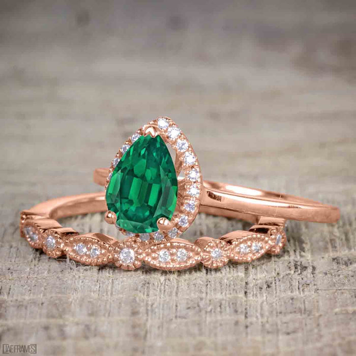 Affordable 2 Carat Pear cut Emerald and Diamond Antique Wedding Ring Set in Rose Gold
