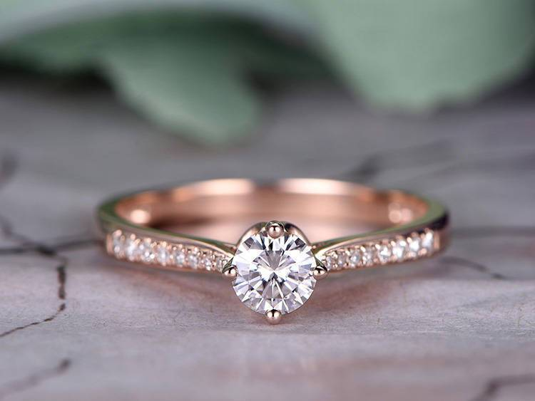1.25 Carat Round Cut Moissanite and Diamond Engagement Ring Set in 9k Rose Gold
