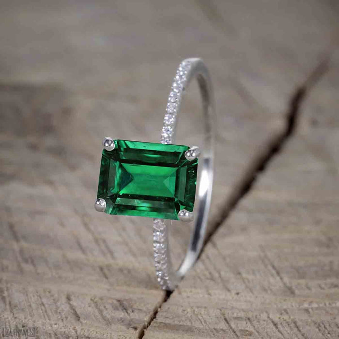 Beautiful 1 Carat emerald cut Emerald Solitaire Engagement Ring for Women in White Gold