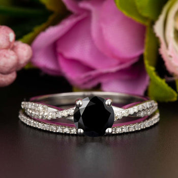 1.5 Carat Round Cut Black Diamond and Diamond Bridal Ring Set in 9k White Gold Splendid Ring