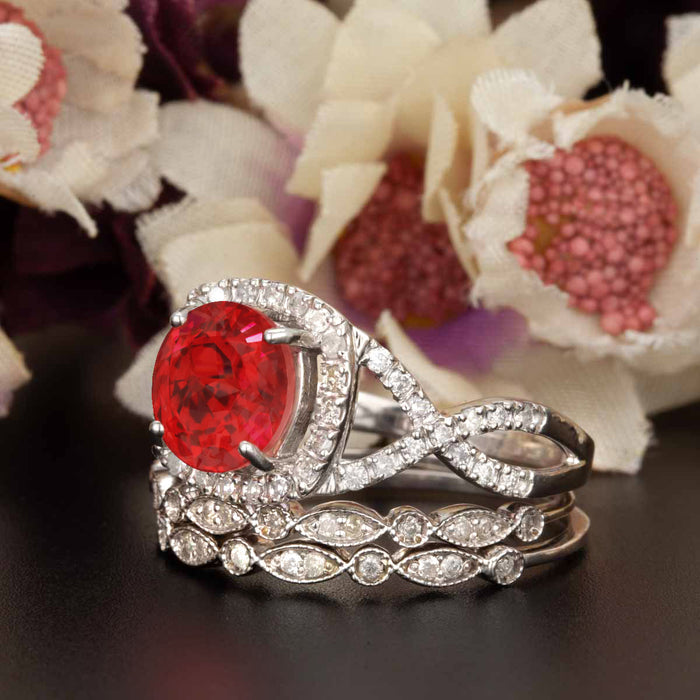 Big 2 Carat Round Cut Ruby and Diamond Art Deco Trio Bridal Ring Set in 9k White Gold