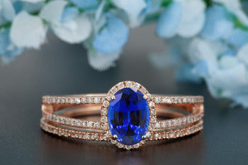 Elegant 1.50 Carat Oval Cut Sapphire and Diamond Engagement Ring Bridal Ring Set in Rose Gold