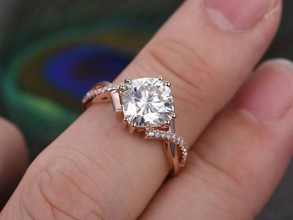 1.25 Carat Infinity Round Cut Moissanite and Diamond Wedding Ring in Rose Gold