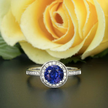 1.25 Carat Round Cut Halo Sapphire and Diamond Engagement Ring in White Gold for Women