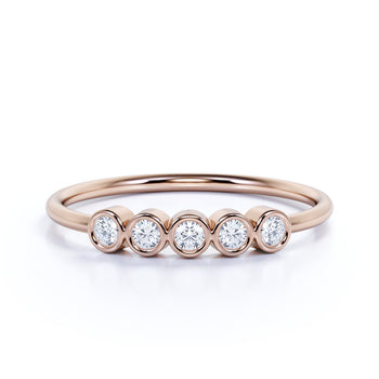 5 Stone Round Cut Diamond Stackable Ring in Rose Gold