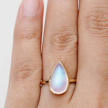 Huge 2.25 Carat Pear Shape Rainbow Moonstone Solitaire Engagement Ring in Yellow Gold