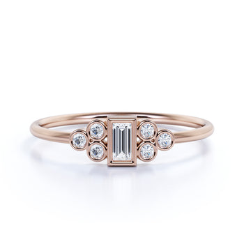 Artdeco Bezel Set Emerald and Round Cut Diamond Stacking Ring in Rose Gold