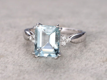 7 Stone 1.25 Carat Emerald Cut Aquamarine and Diamond Engagement Ring in White Gold