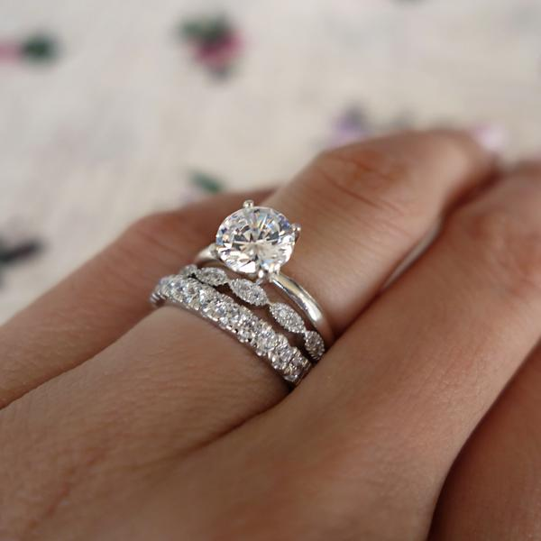 Four Prongs 1.5 Catat Round Cut Solitaire Engagement Ring in White Gold over Sterling Silver