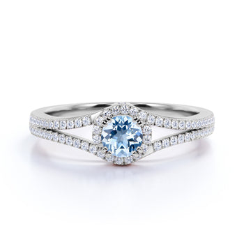 Vintage 0.83 Carat Round Aquamarine & Diamond March Birthstone Promise Ring in White Gold