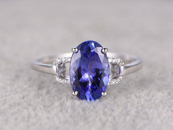 1.25 Carat Oval Tanzanite Diamond Unique Prong Engagement Rings in White Gold