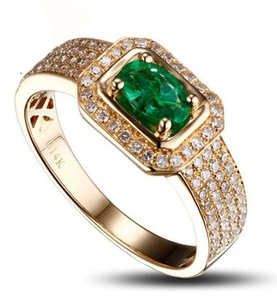Designer Luxurious 2 Carat Emerald and Diamond Engagement Ring