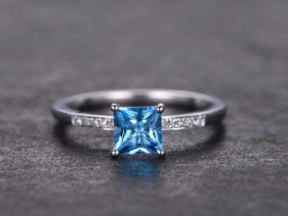 1.25 Carat Princess Cut London Blue Topaz Milgraine Engagement Ring in White Gold