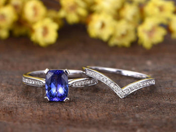 1.50 Carat Emerald Cut Tanzanite and Round Diamonds Wedding Ring Set in White Gold