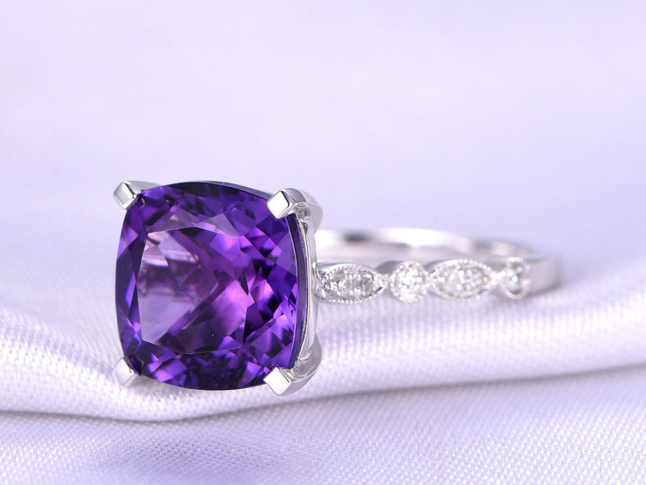 1.50 Carat Cushion Amethyst and Diamond Engagement Ring in White gold
