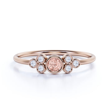 Artdeco Round Cut Morganite and Round Diamonds Ring in Rose Gold