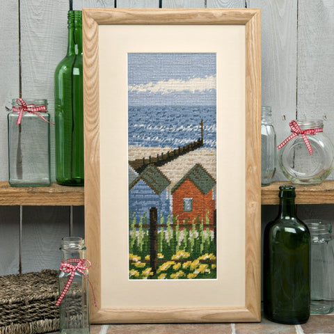 Twilleys Beach Huts Photo Tapestry & Cross Stitch Kit UK