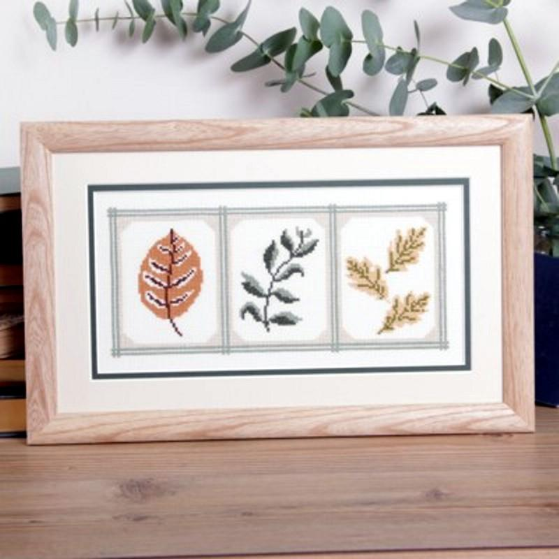 Twilleys Modern Cameo Leaves Cross Stitch Photo Kit