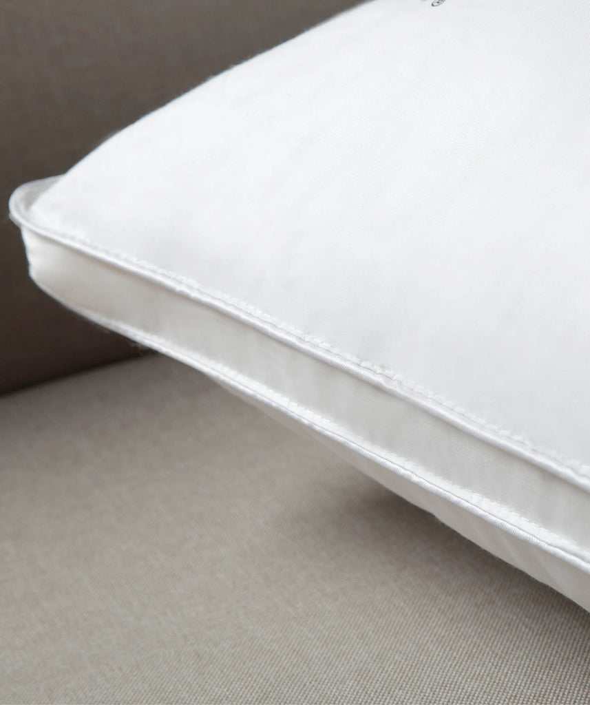 Waikite Standard Pillow