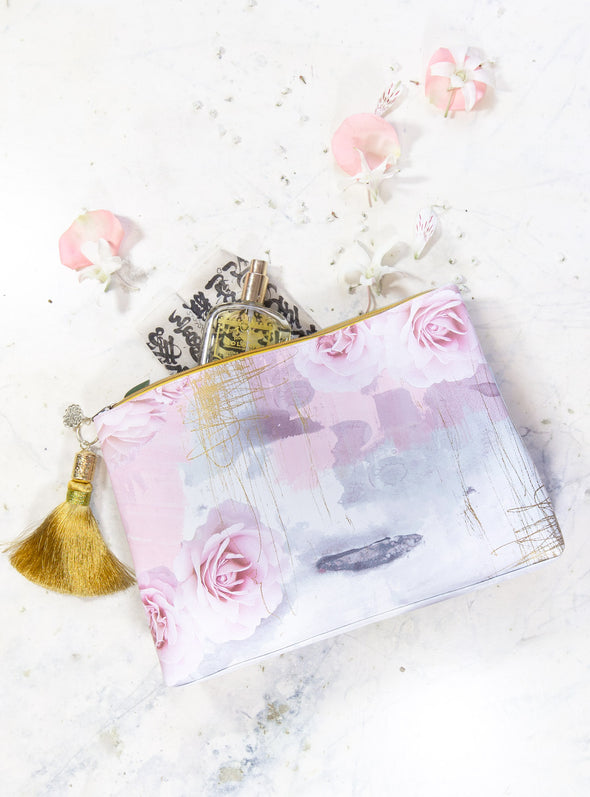 Large accessory pouch lifestyle image