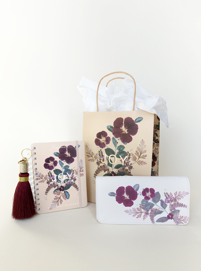 Plum Leaves Gift Set