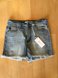 Denim shorts with frayed hem