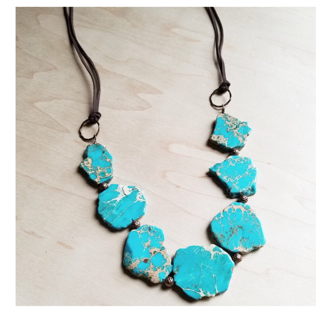 Chunky blue regality beaded necklace