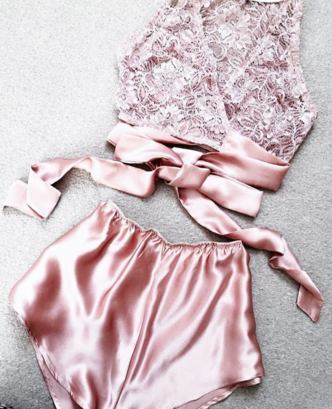 Pink Champagne Set