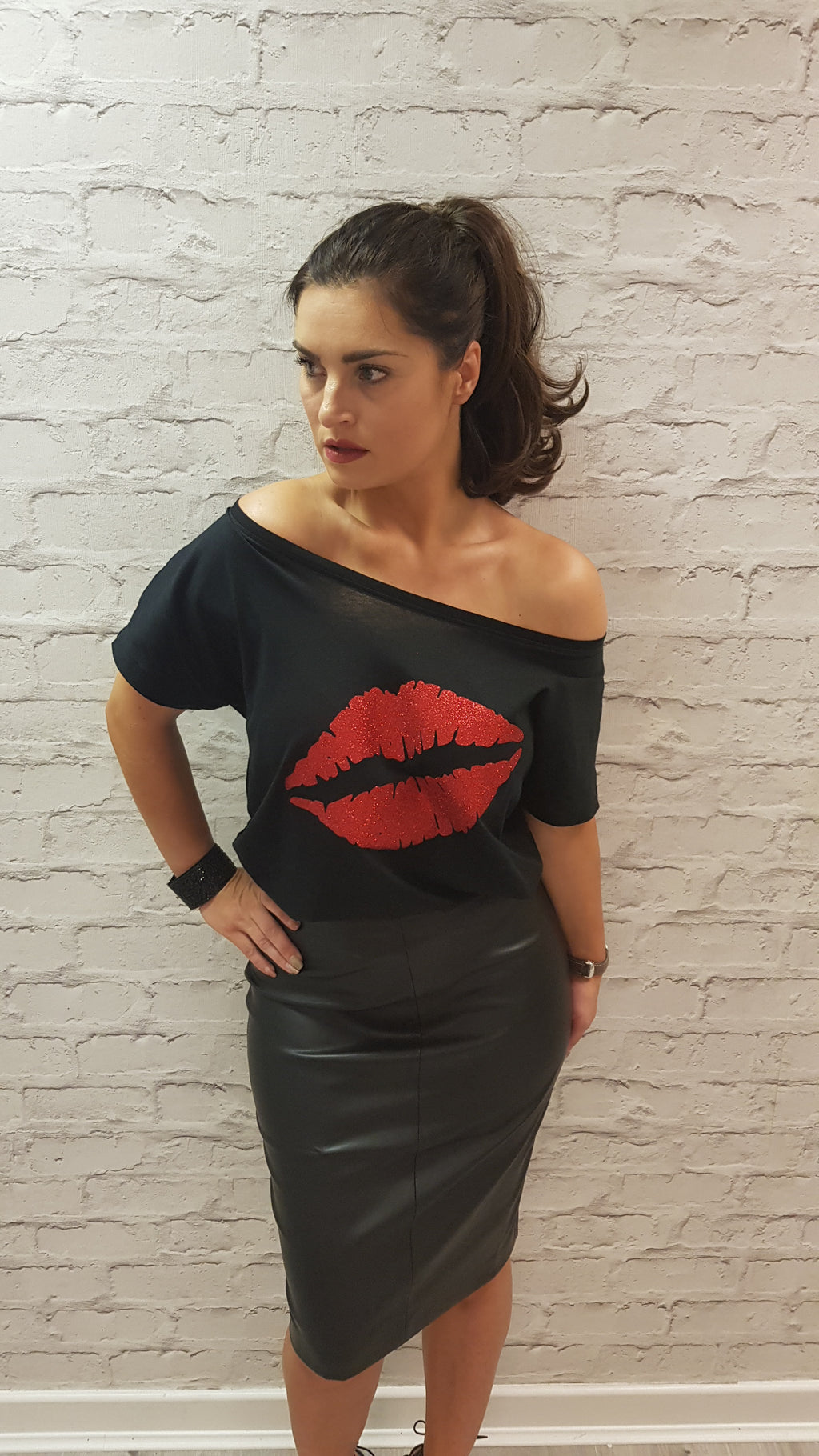 Gem Lips Scoop Neck Glitter Red - Available in Black