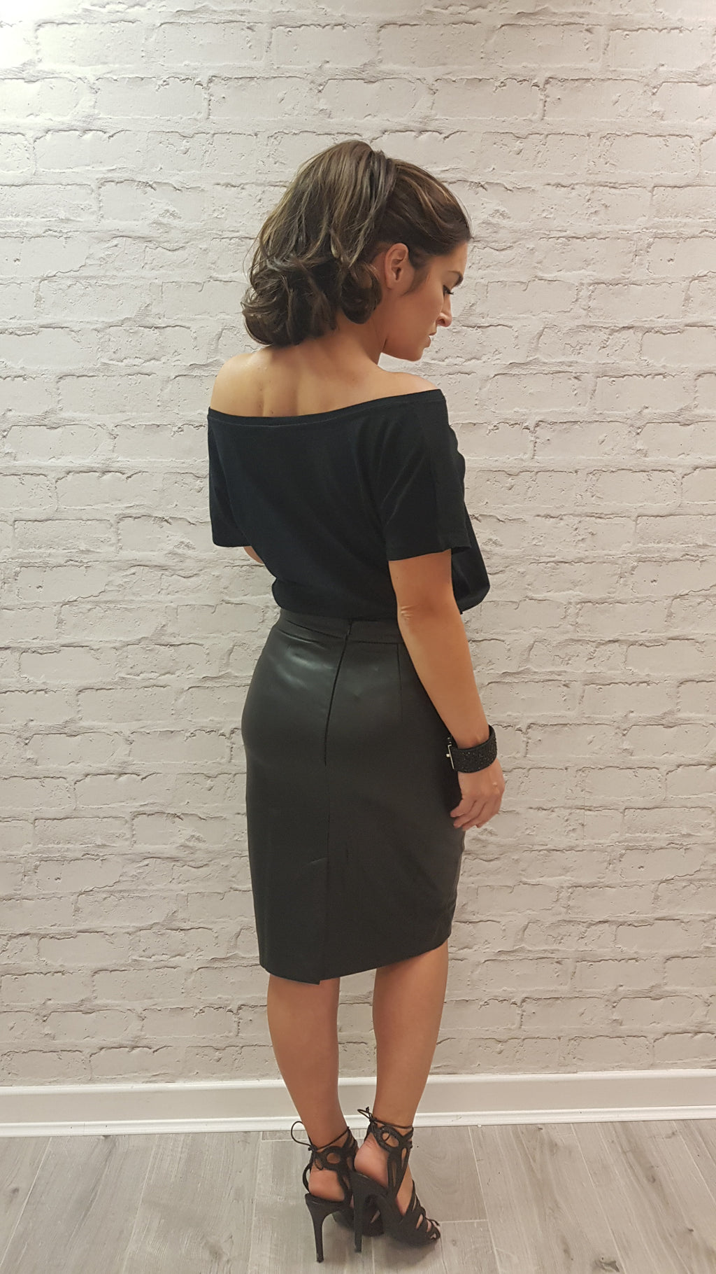 Leah-Ann Faux Leather Pencil Skirt