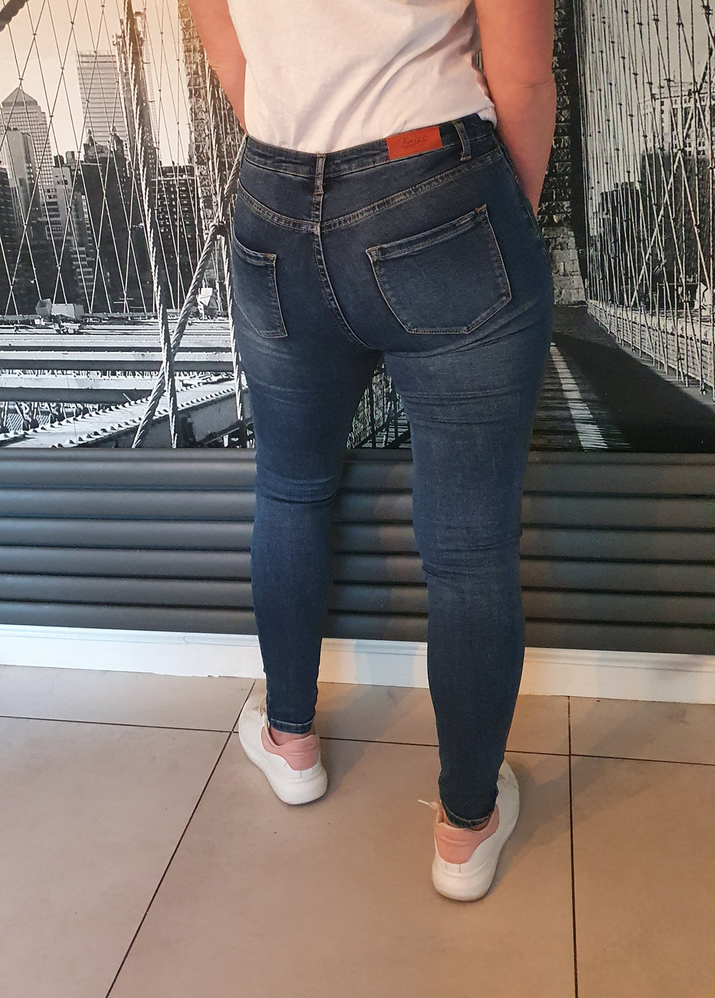 Sarah Mid Wash Skinny Blue Jeans - SIZE 8 & 10
