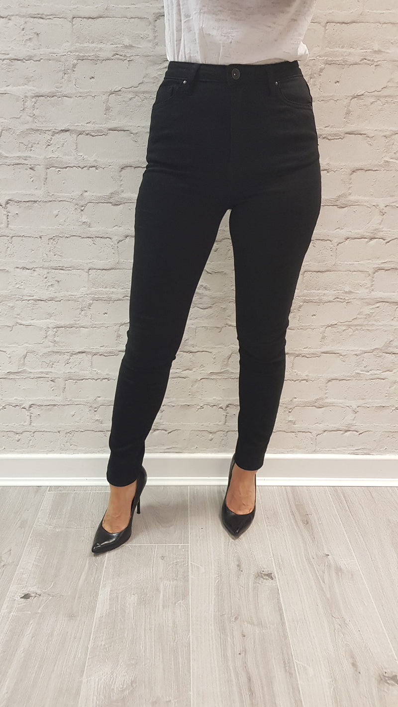 Holly Black High Waisted Jeans