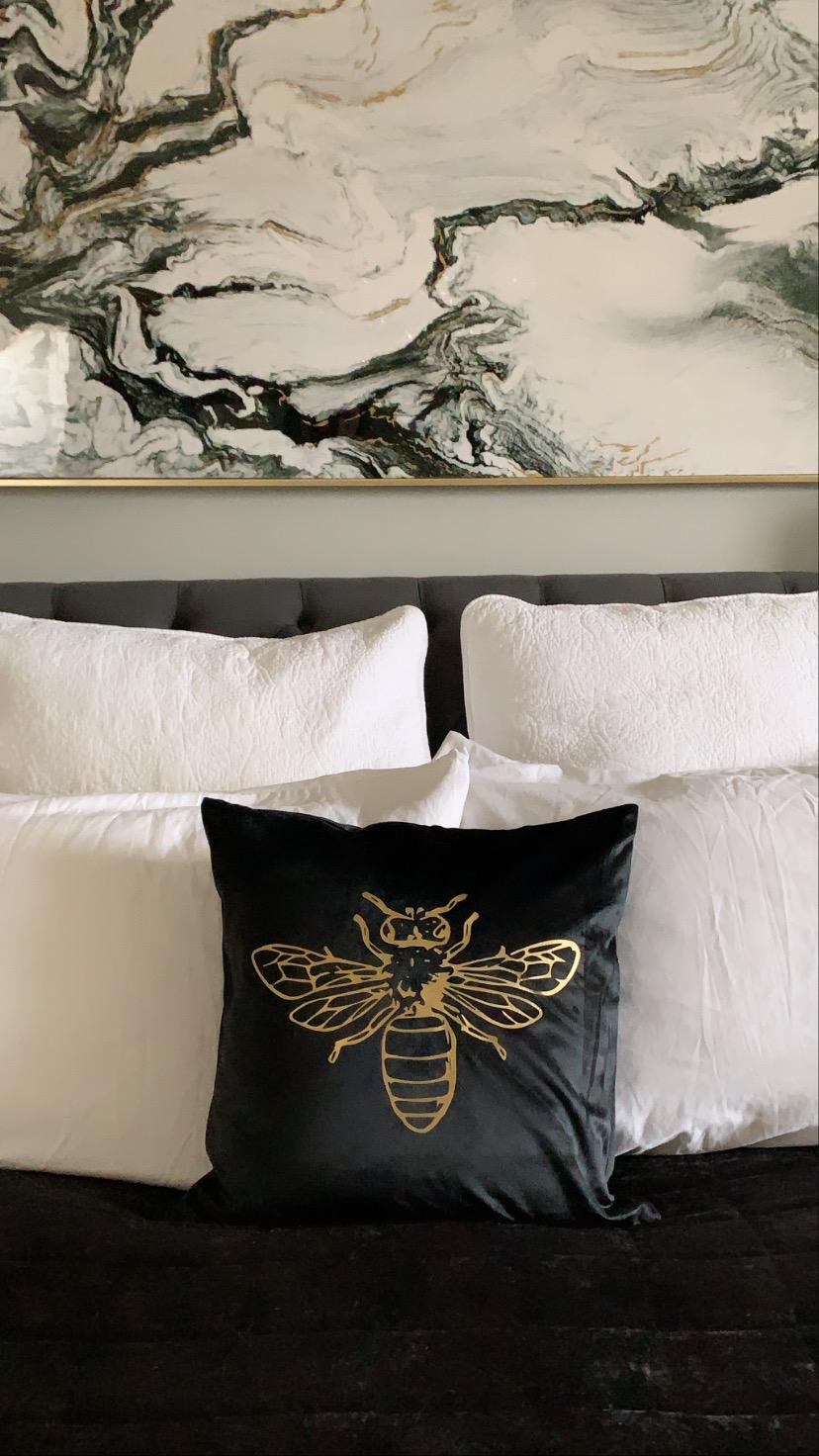 Gold Bee Crushed Velvet Cushion Cover - Black