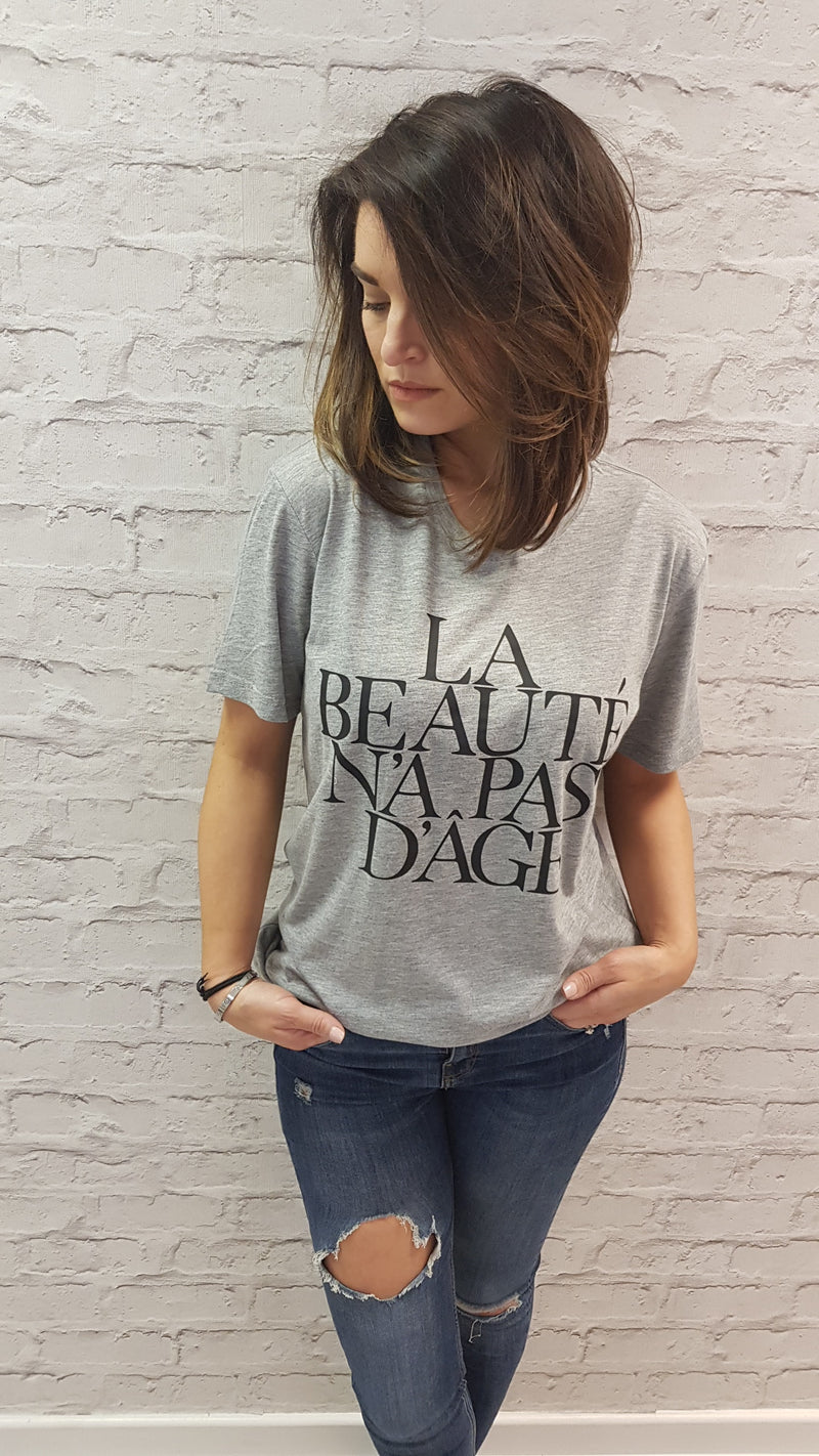 Slogan Tee Beauty - Grey - Crew Neck