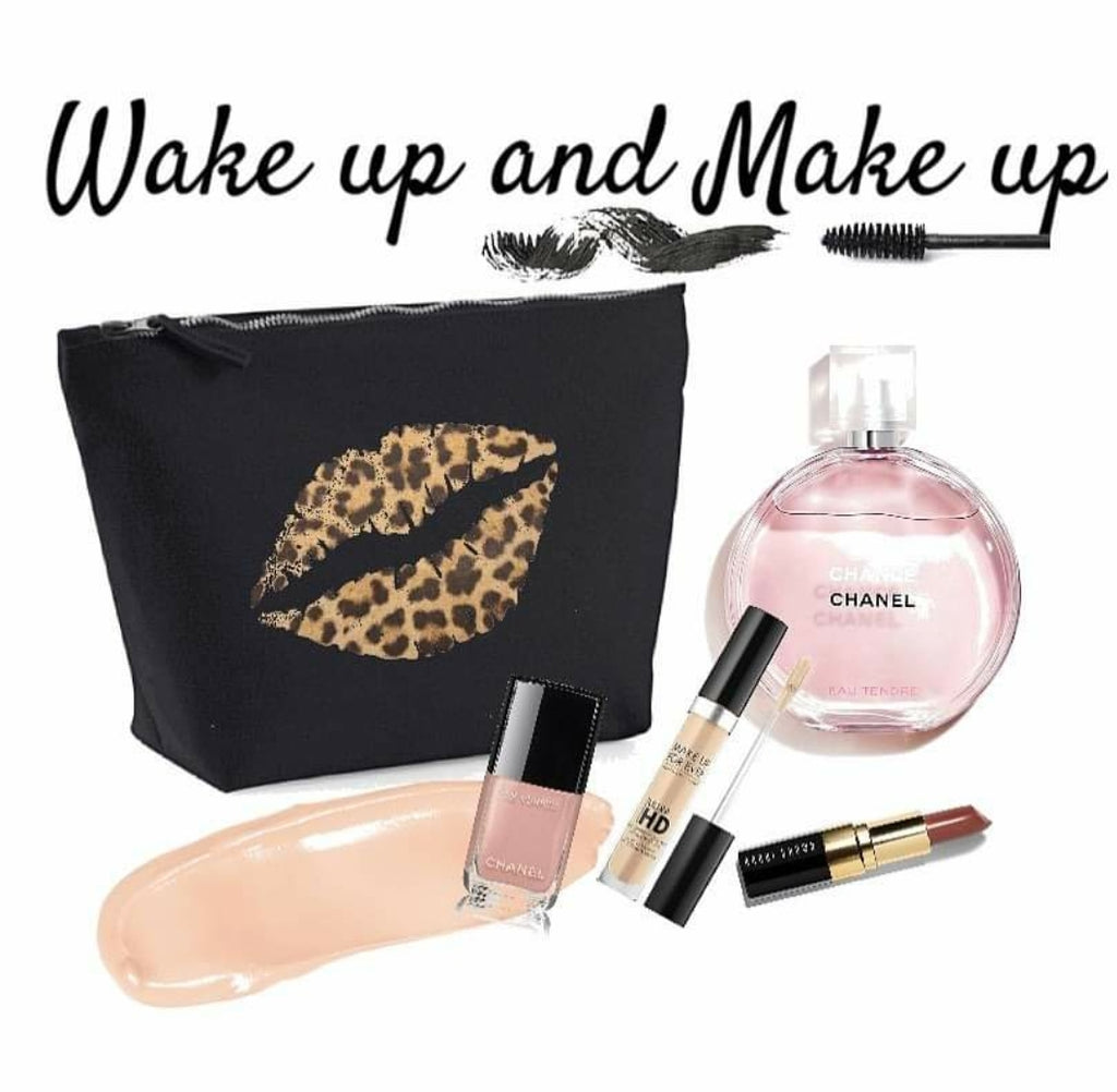 Leopard Lips Make Up / Accessory Bag