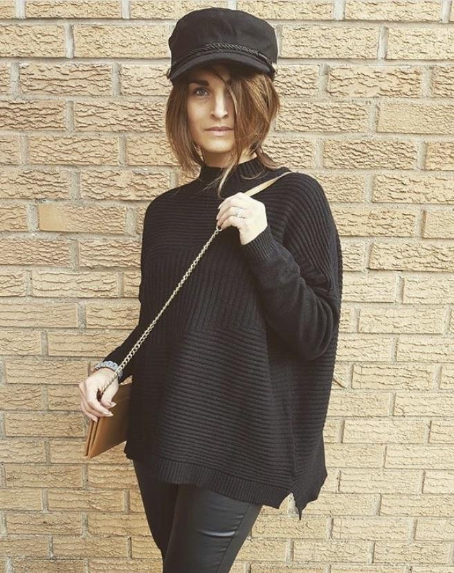 Valentine Rib Neck Jumper
