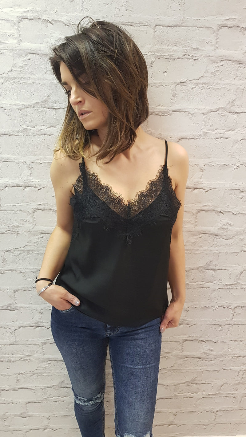 Jayne Eyelash Lace Cami - Black