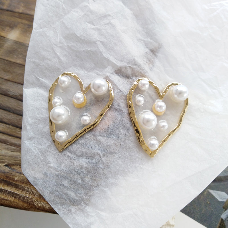 Sweetheart Pearl Earrings