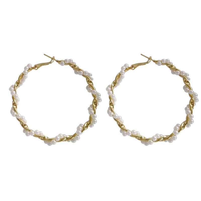 Alice Pearl Hoops