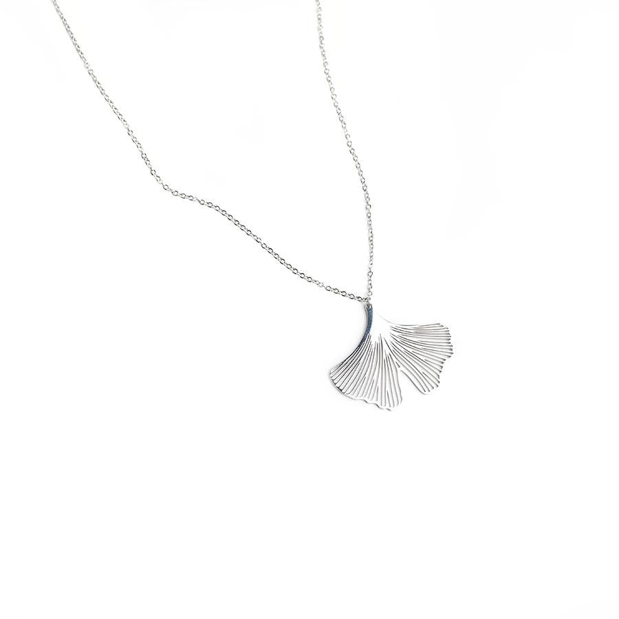 Clover Silver Petal Necklace - Gung Jewellery