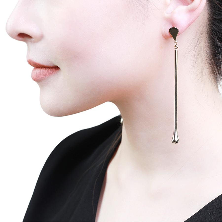 Akari Sleek Gold Earrings - Gung Jewellery